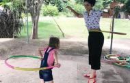 """""""Diagnóstico não é sentença"""", diz mãe de filha com doença rara"""
